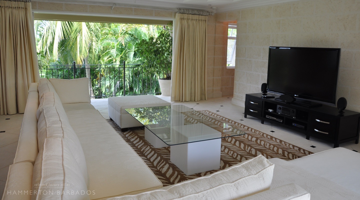 Evergreen villa in Sandy Lane, Barbados