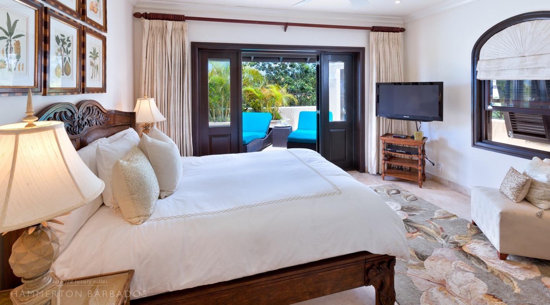 Sandy Cove 402 - Penthouse villa in Derricks, Barbados